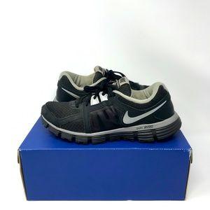 Nike - Wmns Dual Fusion ST2 Running 'Silver/Black